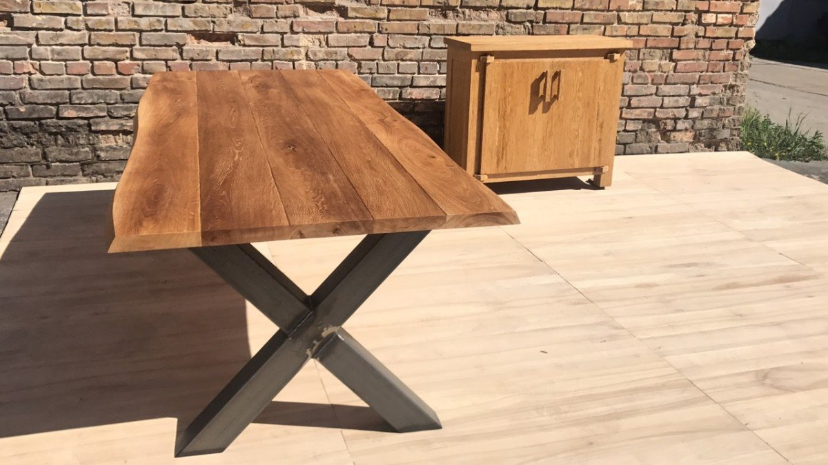 Wood table outdoor use