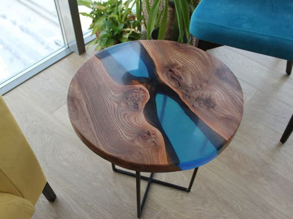 how to make an epoxy table