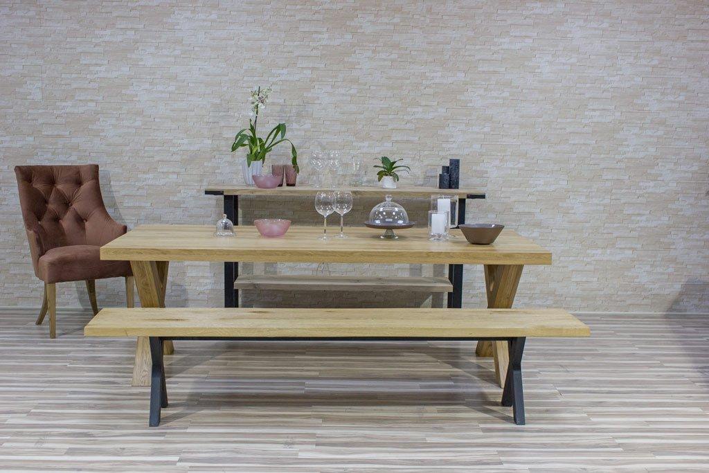 Oak table sietle