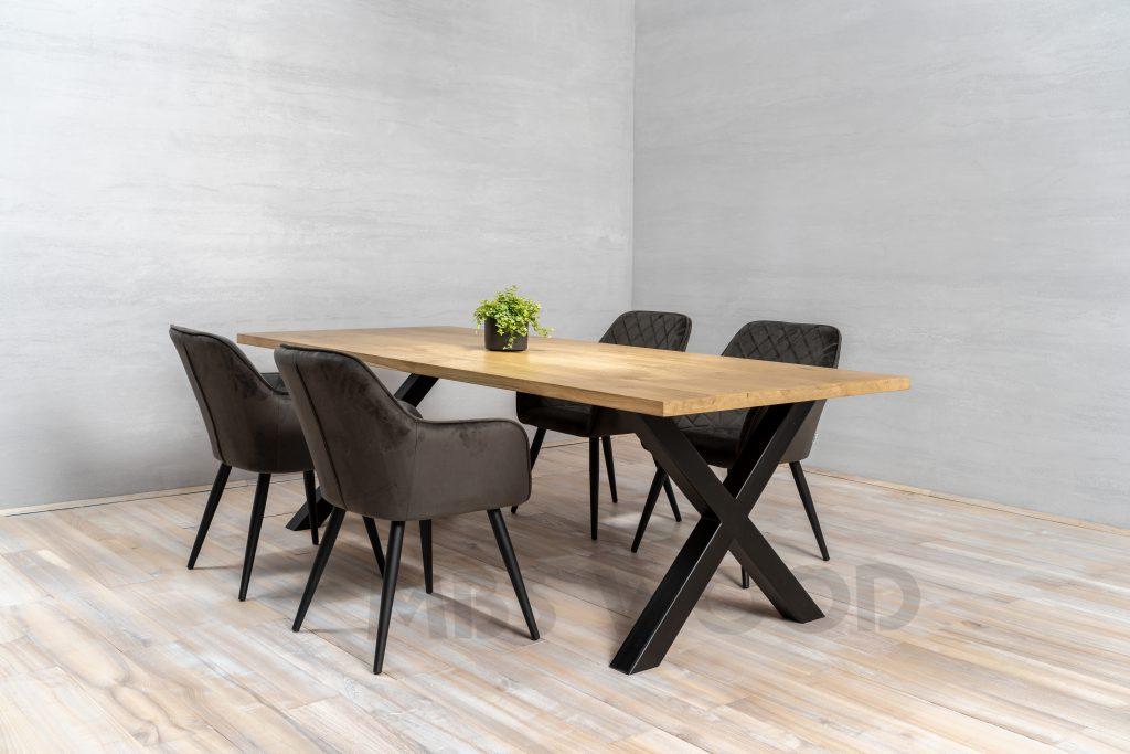 table en chêne foto