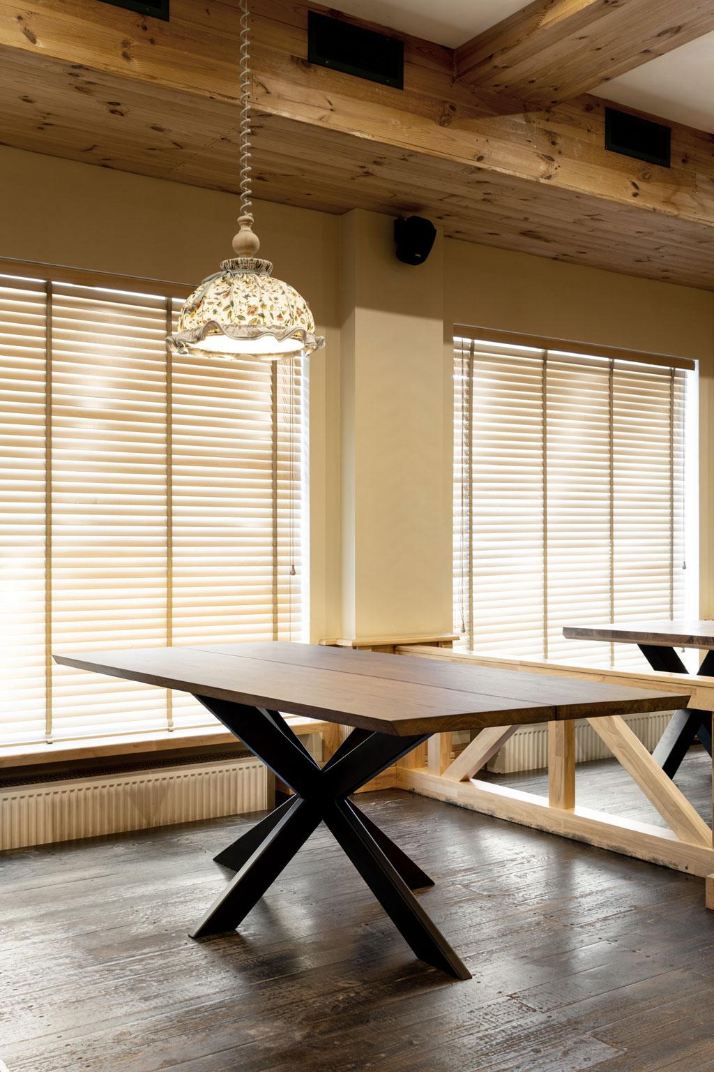 Oak table 2 planks