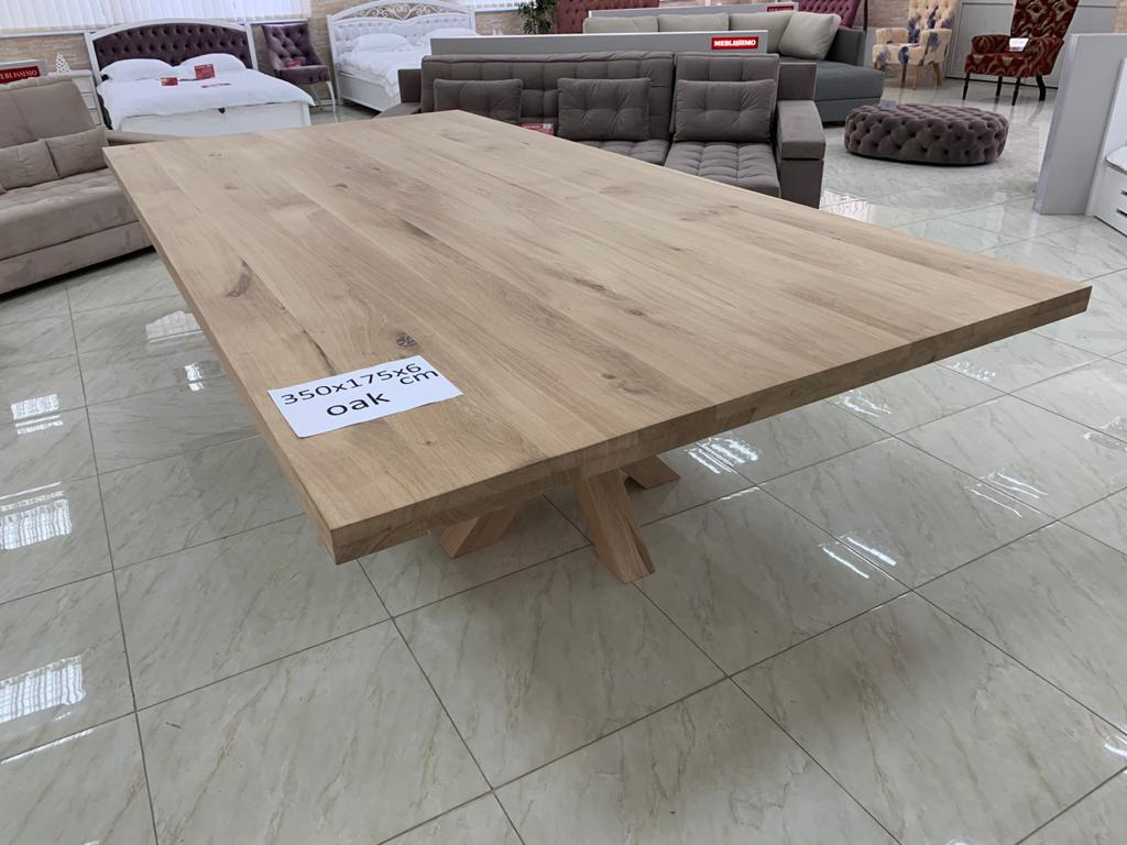 Oak table big
